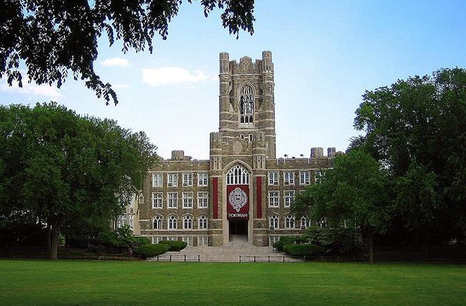 Collegamento a Fordham University School of Law