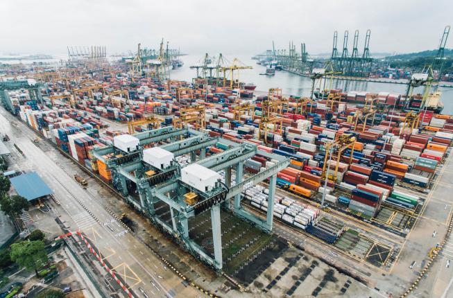 Collegamento a Export italiano e turbolenze commerciali mondiali: prospettive, rischi e opportunità